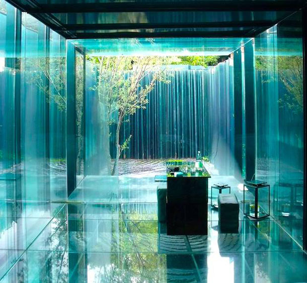 Barcelona Unusual Hotel: Glass Room in Les Cols Pavillons