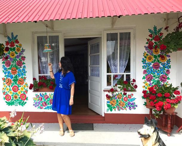 Дом-победитель в конкурсе самого красивого раскрашенного дома в Залипье