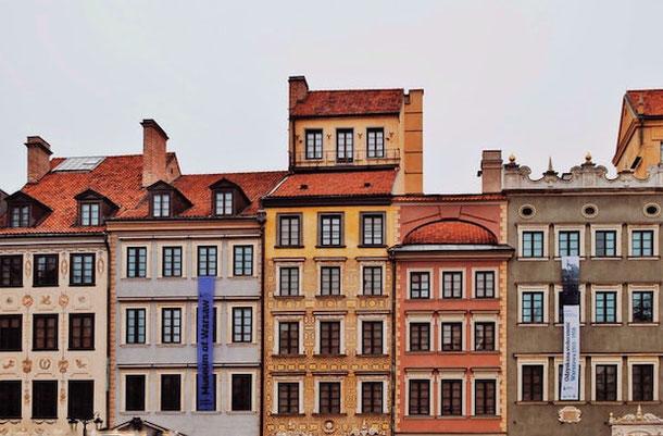 Восстановление Варшавского Старого города