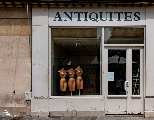 September 2018 - Antiquites