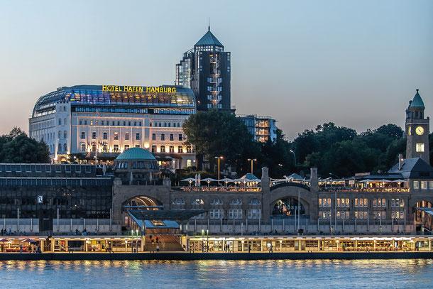 Hotel Hafen Hamburg  Außenansicht