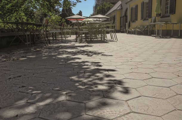 VIA Zementfliese Gaudi für den Außenbereich S. Fischbacher Living