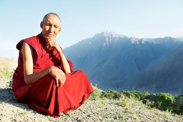 Die vier edlen Wahrheiten und der achtfache Pfad im Buddhismus