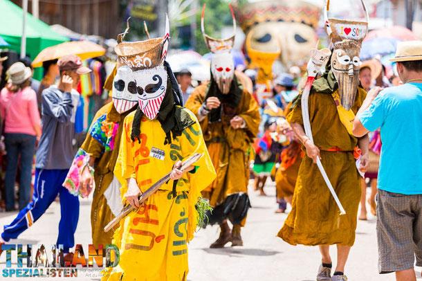 Das Geister-Festival Phi Ta Khon