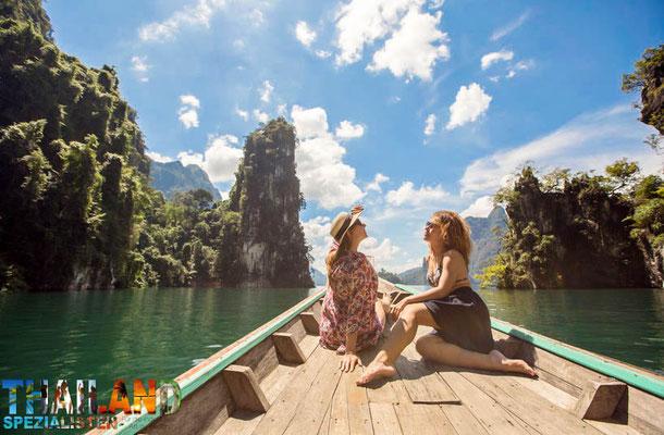 Khao Sok Nationalpark ist ein beliebtes Reiseziel in Süd-Thailand