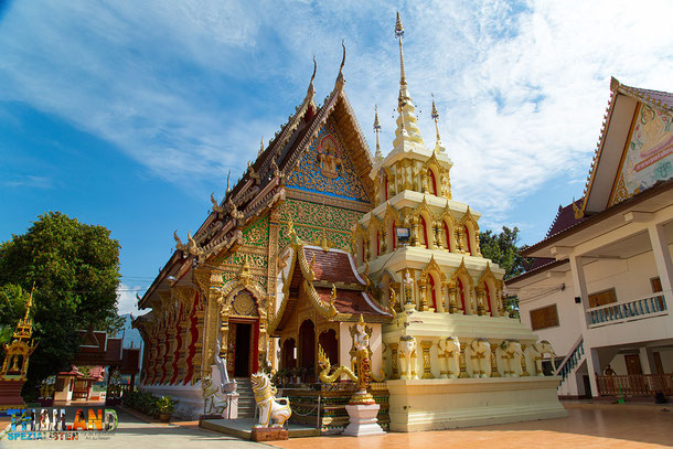 Imposante Tempel in der Nan Provinz