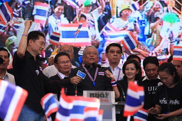 Suthep Thaugsuban - Sprecher der Regierungsgener in Bangkok