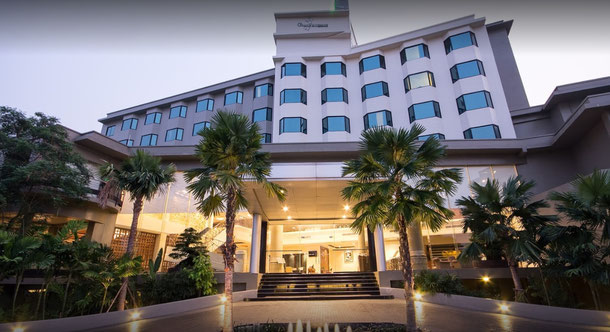 Grand Riverside Hotel in Phitsanulok