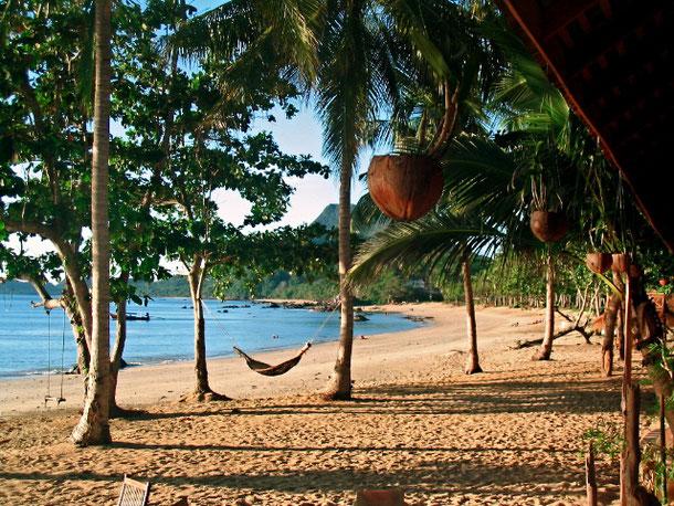 Strand von Koh Jum Lodge