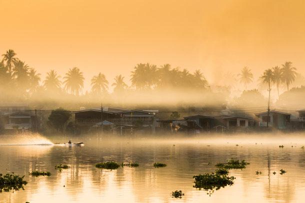 Unterwegs auf dem legendären Chao Phraya.