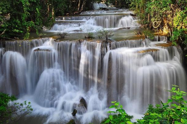 Huay Mae Khamin Wasserfall in Kanchanaburi