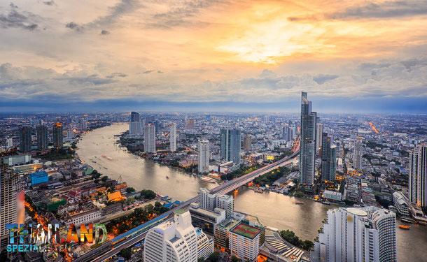 Während der Bangkok Reise erlebt man sehr viel schönes. Bangkok hat unzählige Sehenswürdigkeiten.