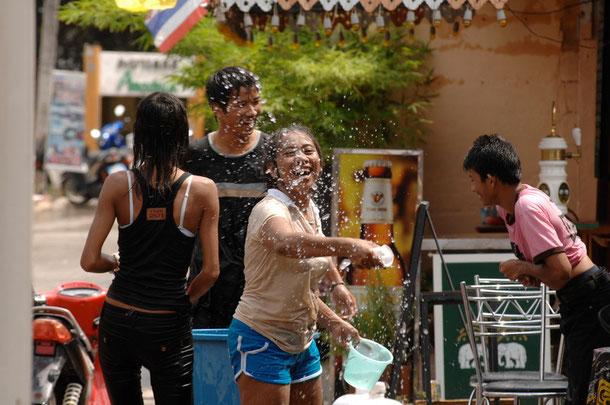 Songran - Wasserfest in Thailand