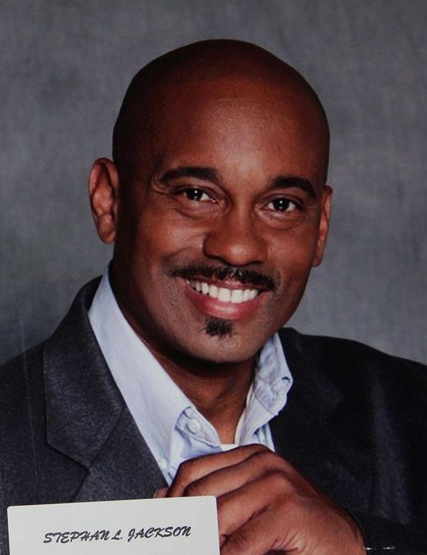Stephan Jackson as Detective Otto