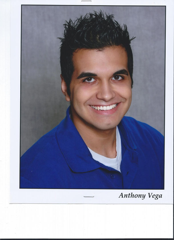 Anthony Vega as Sean Ferry