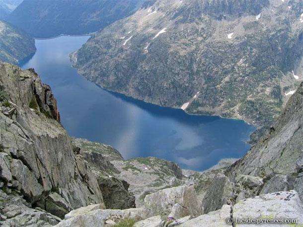 Ghislaine et Philippe, ainsi qu'Alexis et Yves n'ont pas hésité à grimper un dénivelé de plus de 1500ml pour s'offrir ce joli paysage...
