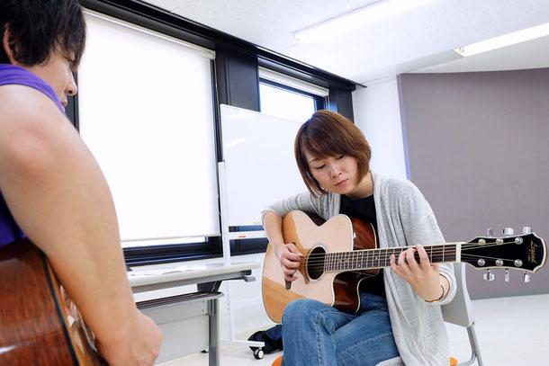 アルファアカデミーポップギタースクール