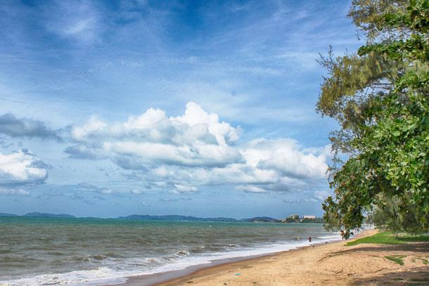 Ein schöner Abschnitt des Nam Rin Strandes