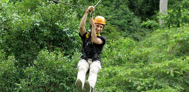 Flight Gibbon : une tyrolienne au sein du site d'Angkor