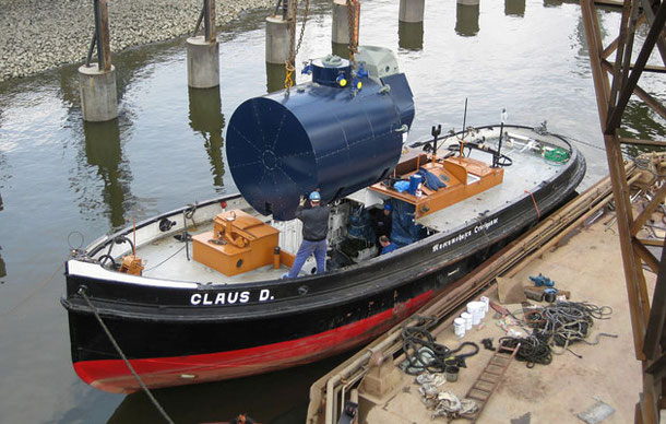 Installation of the new boiler at the Norderwerft, March 29th, 2010, Foto Ansgar Stein