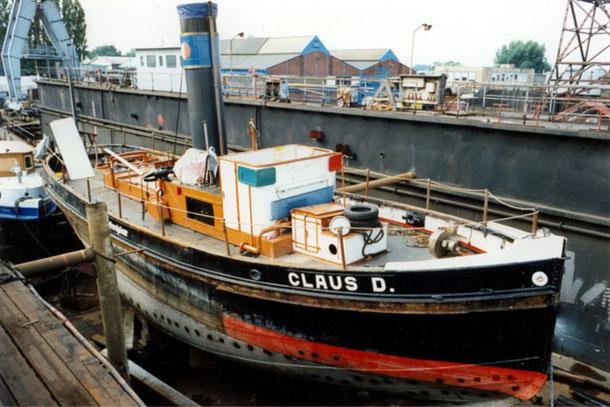 in drydock at Jugend in Arbeit, 1996. Foto Björn Nicolaisen