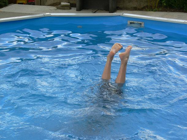 leef je uit het zwembad!!
