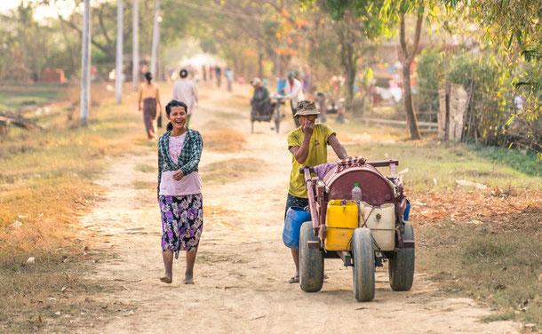 Menschen in Yangon