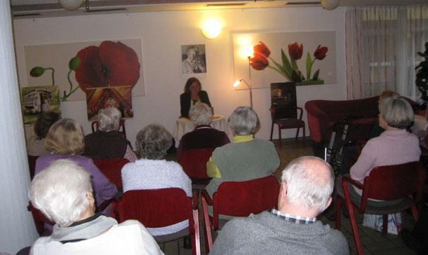 Lesung von Ebba Hagenberg-Miliu. Foto: Markusstift