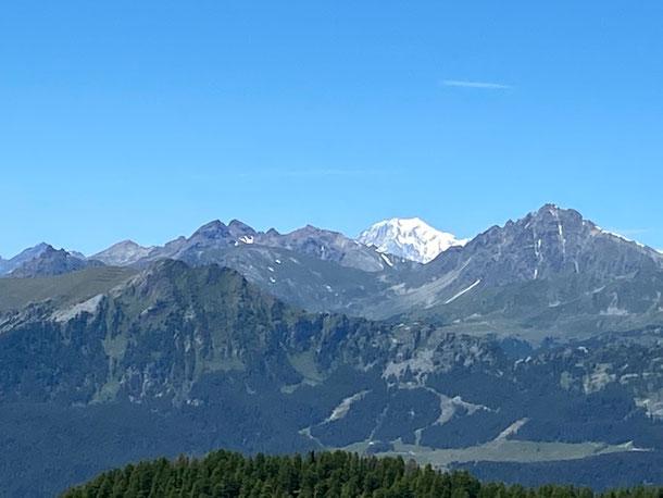 spunta anche il Monte Bianco, oggi vedremo tutti i 4000 Valdostani