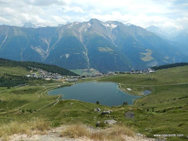 scolliniamo verso Bettermalp....la Svizzera è proprio bella