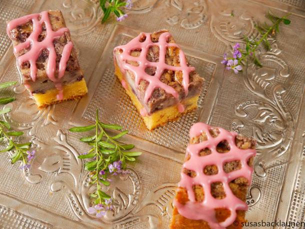Aronia-Käselebkuchen mit Äpfeln