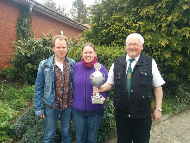 Team Oppel 2 sicherte sich beim Eröffnungsschießen den beliebten Straßenpokal
