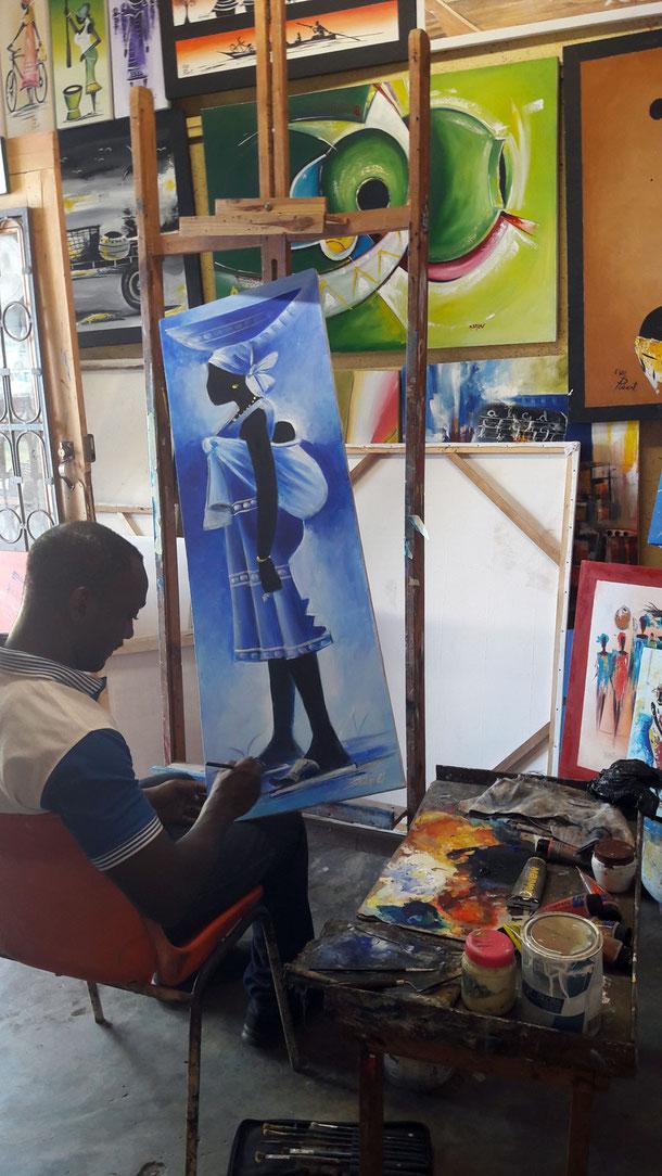 Künstler auf dem Handwerkermarkt In Lomé