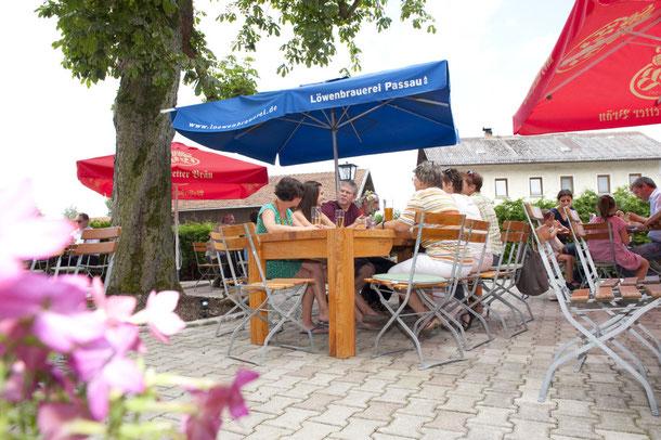 Biergarten im Gasthaus Göttlinger