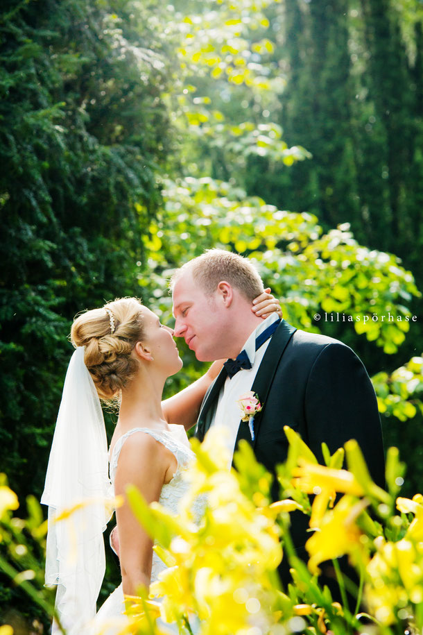 Hochzeit, Paarshooting, Brautpaar, liliaspoerhase, Lilia Spörhase, Fotografie, Planten un Blomen, Hamburg, Kuss, kiss