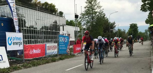 Une classe d'écart sur la ligne d'arrivée : Stefan Bissegger domine la concurrence.