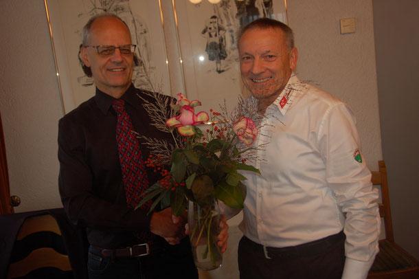 Andreas Wild (Präsident ASOC) und Ernst Kobel (Frauen-Cup)