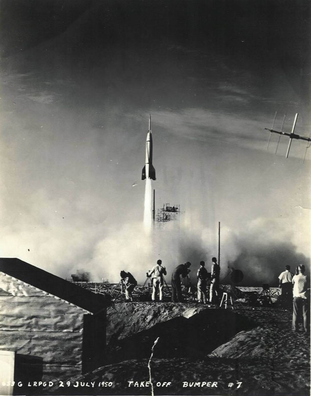 Lancio di un missile V2 da una base americana, 1950