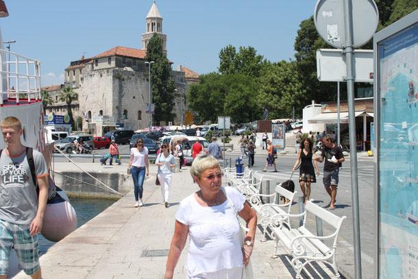 Im Hafen von Split.
