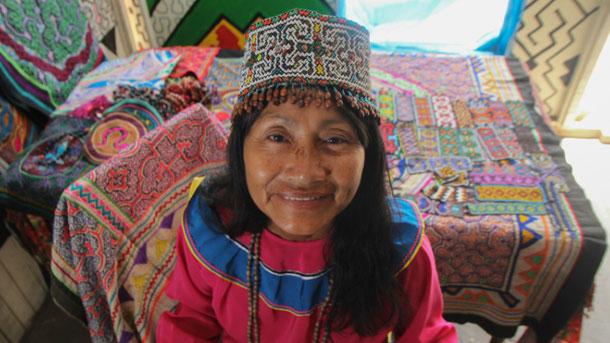 La etnia Shipibo - Conibo habita en Imiría, Yarina y Cashibococha