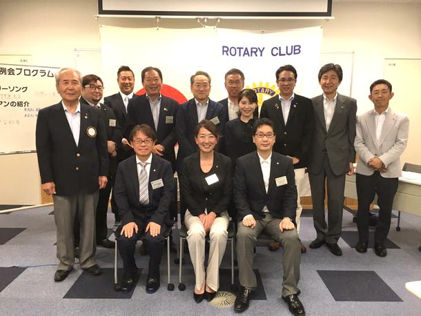 本庄南ロータリークラブ新会員入会式の画像