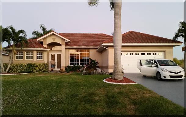 """Das ist die Villa """"Akira"""", unser Domizil für acht Tage, in ruhiger Lage, am Kanal in Cape Coral / Florida"""