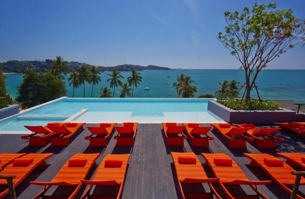 Bandana Phuket Beach Resort - отель с бассейном на крыше