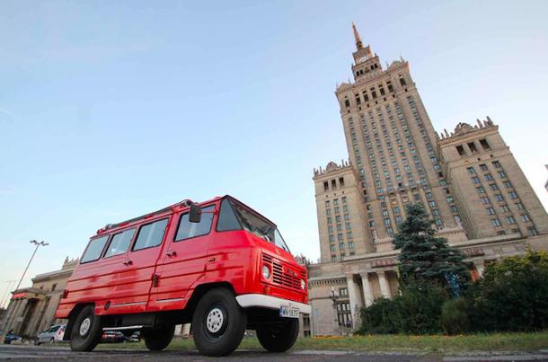 коммунистический тур по Варшаве в пожарной машине