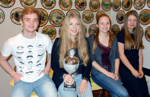 Das siegreiche Quartett: Niklas Fick, Marie Knust, Jana Gonotkov & Lynn Glyschewski