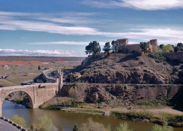Замок в Толедо