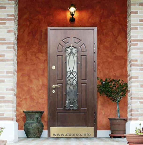 варианты металлических дверей со стеклом и ковкой на большой проем