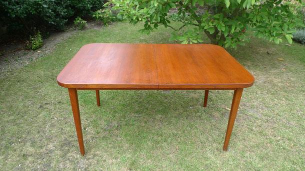 tables meubles et d coration vintage. Black Bedroom Furniture Sets. Home Design Ideas