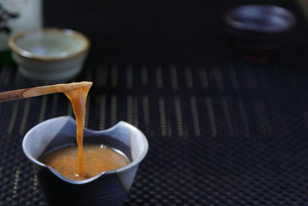 12月に旬のお酒の肴であります新物コノワタと越の鷹さんの辛口純米吟醸酒も相性とても良くお互いの旨味を引き出し合うミックスアップが口の中で繰り広げられます(写真はイメージです)
