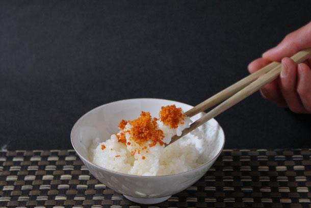 天たつの汐うにで作ったウニ振りかけ_粉うに_は発祥が江戸時代に遡る、バフンウニと塩だけで作る贅沢なフリカケです